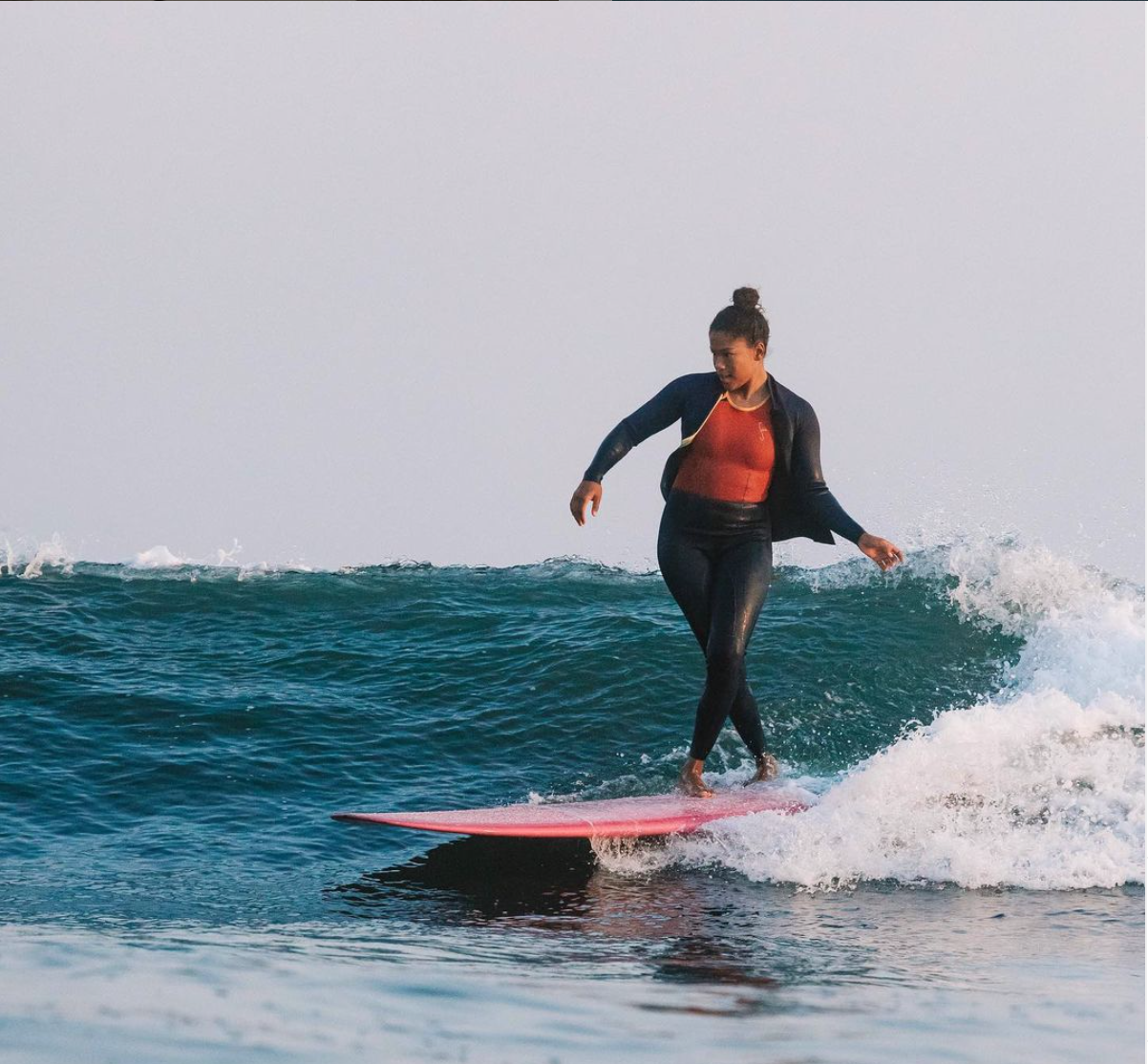 Chelsea Woody surfs with her own style, a combination of ferocity and grace. Photo by Edin Markulin.